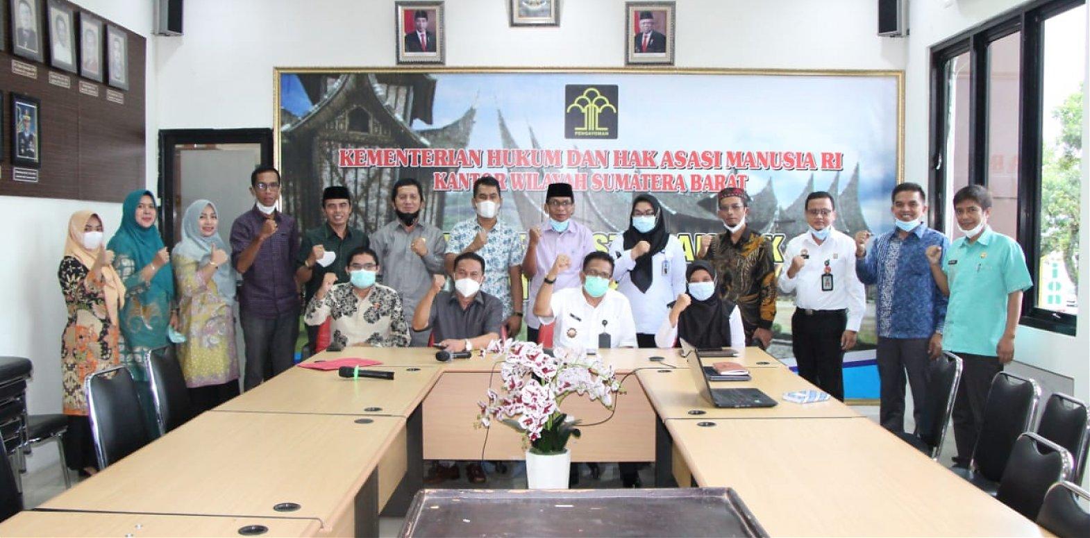 Terkait Ranperda Inisiatif, Komisi II Konsultasi Ke Kanwil Kemenkumham Sumatera Barat